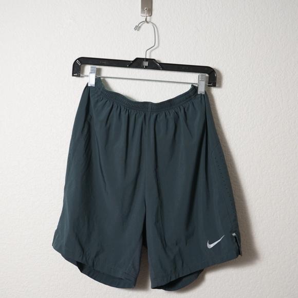 9dbbb1ca0c200 Nike Shorts   Mens Drifit 7 Phenom 2in1 Short M   Poshmark